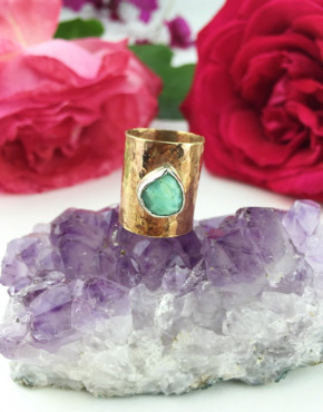 brass_opal_ring